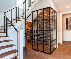 3-Morningside-Foyer-Wine